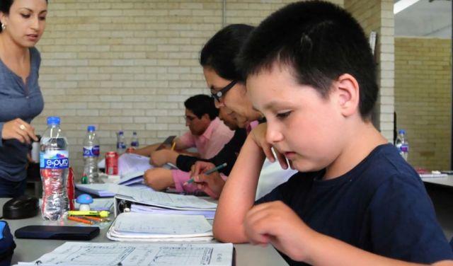 12-летний мальчик стал студентом Национального университета Мексики (2 фото)