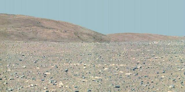 Фотографии с поверхности Марса без фильтров и фотошопа (16 фото)
