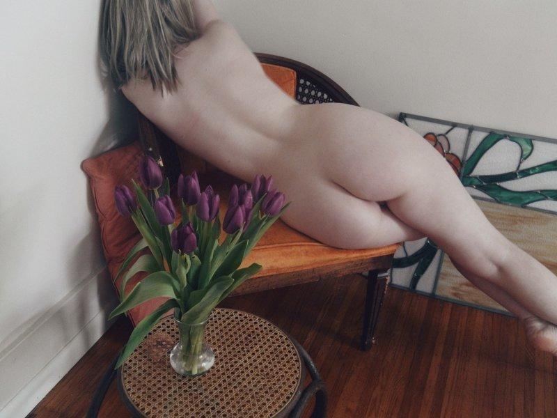 Красотки голенькие (27 фото)