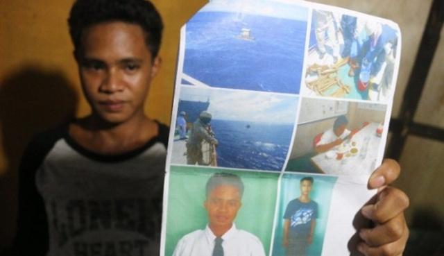 19-летний рыбак 49 дней дрейфовал на плоту в океане (3 фото)