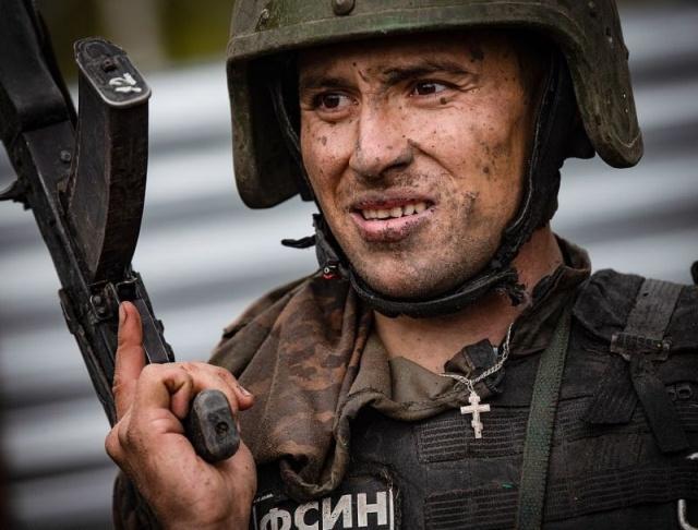 Спецназовцы ФСИН борются за право носить краповый берет (21 фото)