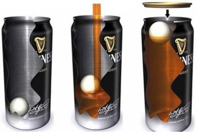 Зачем в банки с пивом Guinness добавляют пластиковый шарик? (5 фото)