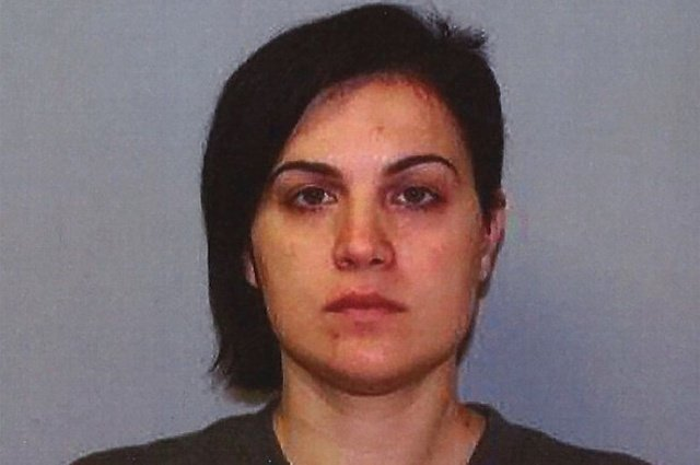 32-летняя дочь мэра была арестована за интимную связь с 16-летним учеником (3 фото)