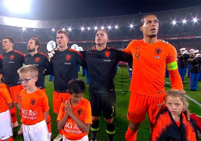 Вирджил Ван Дейк: не все футболисты одинаковые (5 фото)
