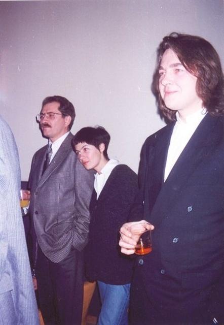 Архивные снимки знаменитых людей в 90-е годы (25 фото)