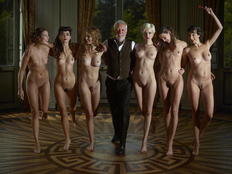 фото с голыми студентками многое другое