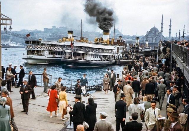 Архивные фото и интересные моменты из прошлого (25 фото)