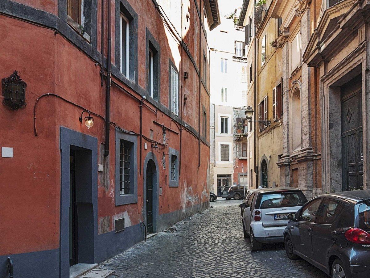 Эргономичная квартира площадью 7 квадратных метров в Риме