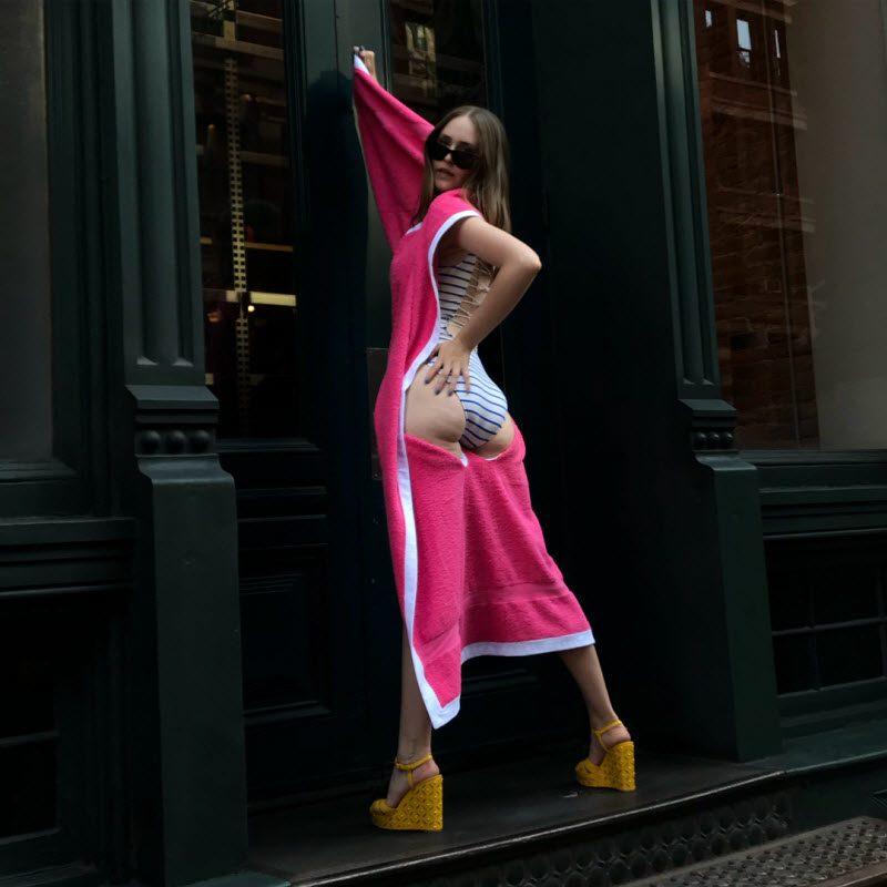 Дизайнер из Нью-Йорка соединила пляжное полотенце и купальник