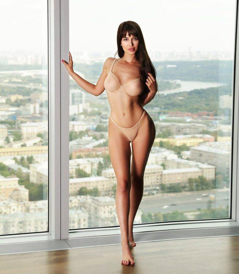 Звезде Playboy предложили занять кресло руководителя пресс-службы ростовской администрации